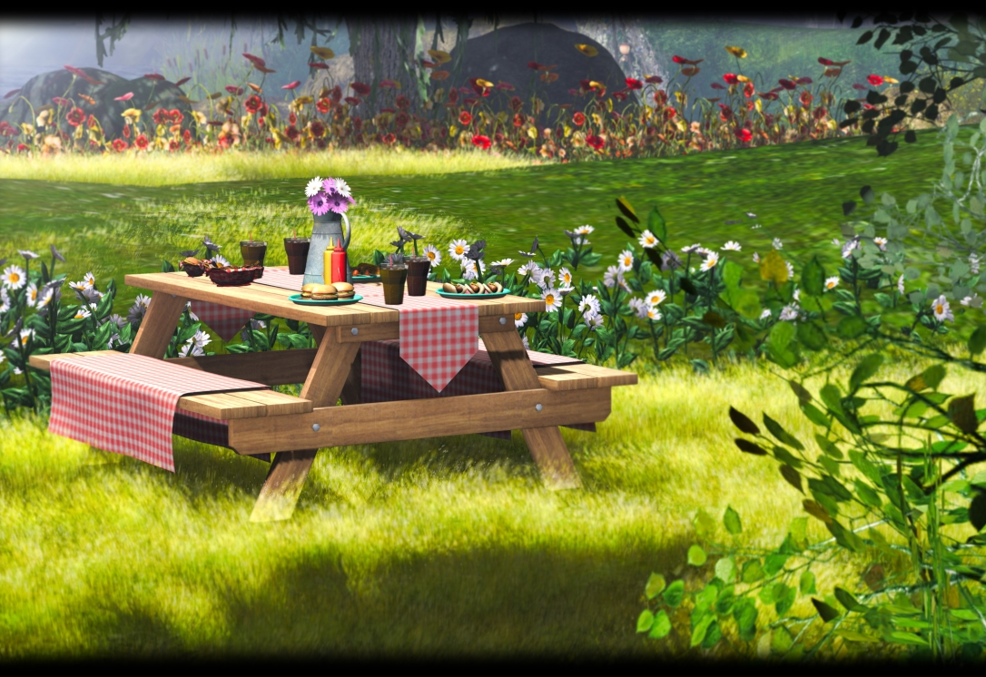 ChiMia - Gingham Picnic Table
